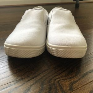Cat and jack girls slip on sneakers